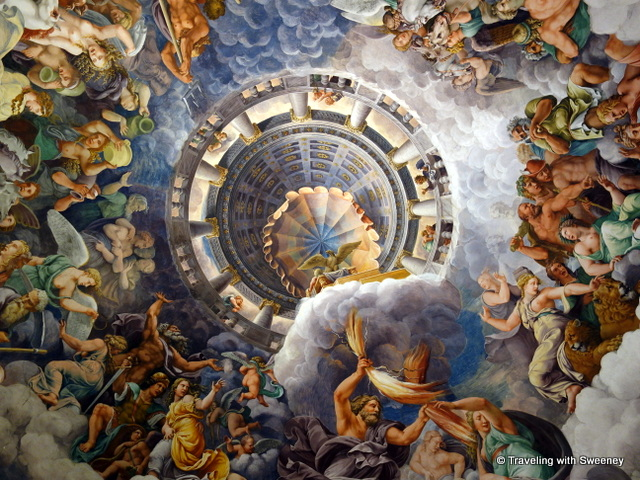Ceiling by Giulio Romano in the Chamber of the Giants