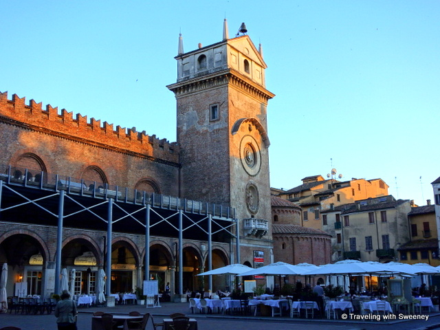 Early evening on Piazza delle Erbe